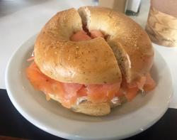 Middlebury Bagel And Delicatessen
