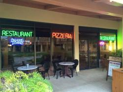 Papa Piccolo Restaurant & Pizzeria