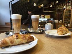 Pilot Cafe Andrassy