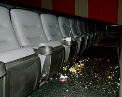 CineMagic Hollywood Luxury Stadium 12