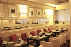 Black Restaurant by Eataly