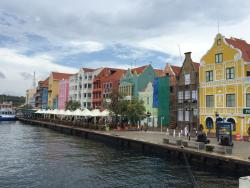Around Curacao Tours