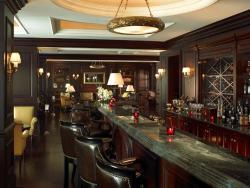 The Ritz-Carlton Bar (The Ritz-Carlton Beijing)
