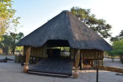 Hauptgebäude der Lodge