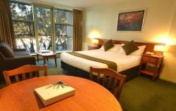 Mt Buller Chalet Hotel & Suites