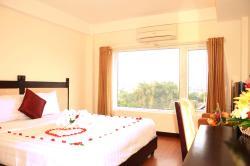Hue Serene Shining Hotel