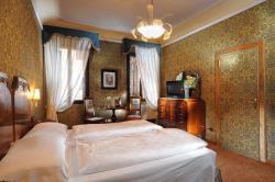 Hotel Flora