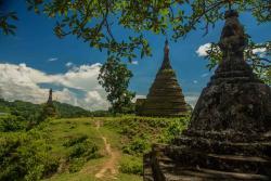 Radana Man Aung Pagoda