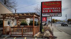 Bud Jackson's Sportsman's Bar & Grill