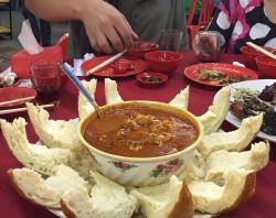 Aunty Fatso Restaurant (肥嫂)