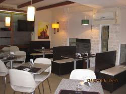 Bahu Hotel