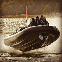 Globalwaters | Speedboat-Action