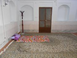 Yasna Varzaneh Traditional Guesthouse