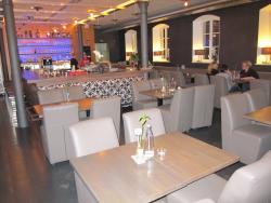 W3 Lounge & Restaurant