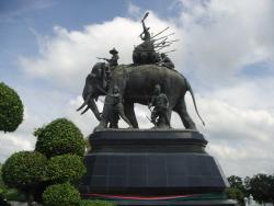 Queen Suriyothai Monument