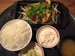 Tavern Meibutsu Momoyaki Daisen Toyosu