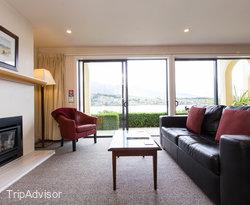 The 1 Bedroom Suite at the Villa Del Lago
