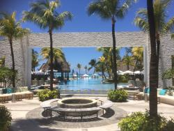 'pool view