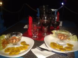 La Balsa Flotante Restaurante & Bar