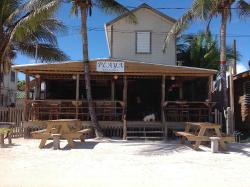 ‪Playa Bar and Grill‬