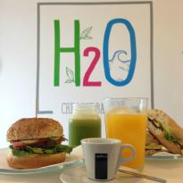 ‪H2O Juice Bar & Vegan Cafe‬