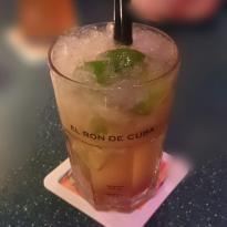 Barcio Cafe, Restaurant, Bar