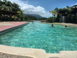 Pool zu Lagune