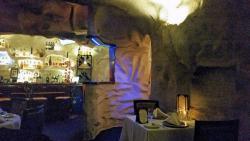 Cafe La Cave