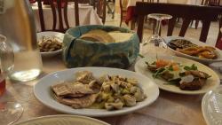 San Martino ai Tarocchi Bellissima serata per la seconda volta abbiamo mangiato molto bene, il p