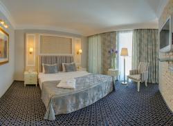 Kazzhol Hotel