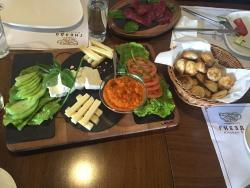 Gnezdo Kitchen&Bar