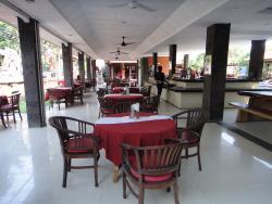 SA CAFE & CLUB