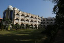 Lucky India Royal Heritage Hotel