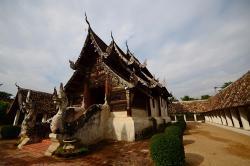 Wat Ton Kwen (Wat Intharawat)
