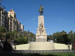 Monumento a Larios
