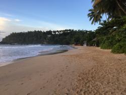 Der Strand  unmittelbar vor dem Hotel