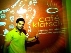 Happy Customer @Cafe Klatsch