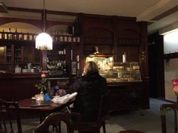 Romantic Cafe