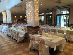 Uj Halaszkert Restaurant