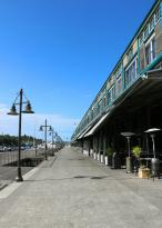 Hotel Exterior on Wharf (161300484)
