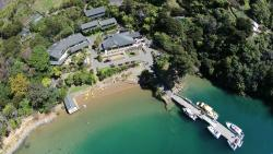 Lochmara Lodge Marlborough Sounds Wildlife Recovery Centre
