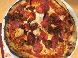 Persona Pizzeria