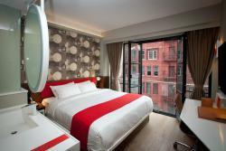 NobleDEN Hotel