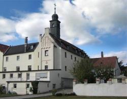 Weichser Schloss Suites & Apartments
