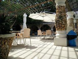 Cafe' Riche