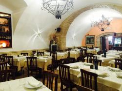 Dentro Le Mura Pizzeria Trattoria