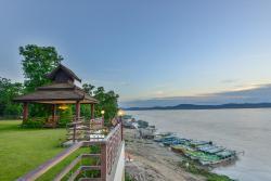 Aye Yar River View Resort