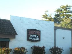 Rusty's Pizza Parlor