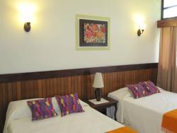 Hotel Jaguar Inn Santa Elena