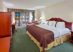 Holiday Inn Saint Louis West Six Flags